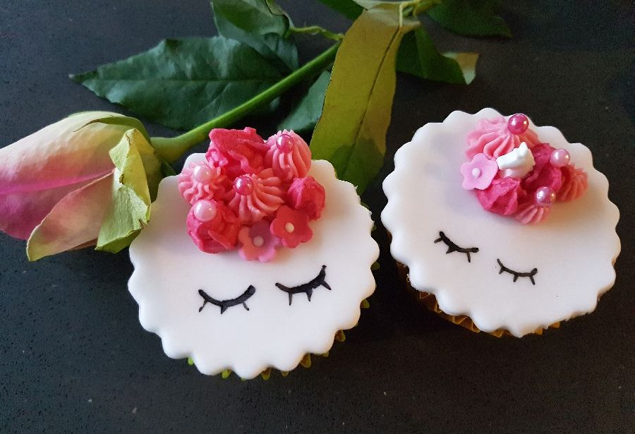 roze unicorn cupcakes