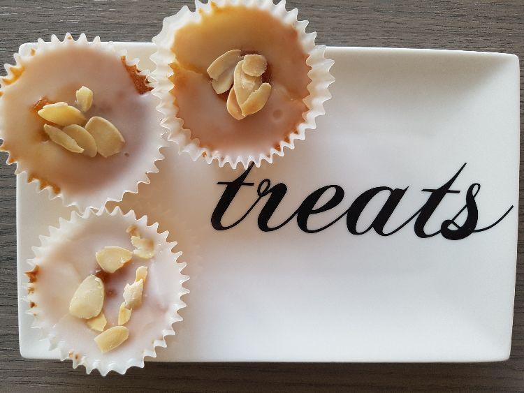 frangipane cupcakes en treats bordje