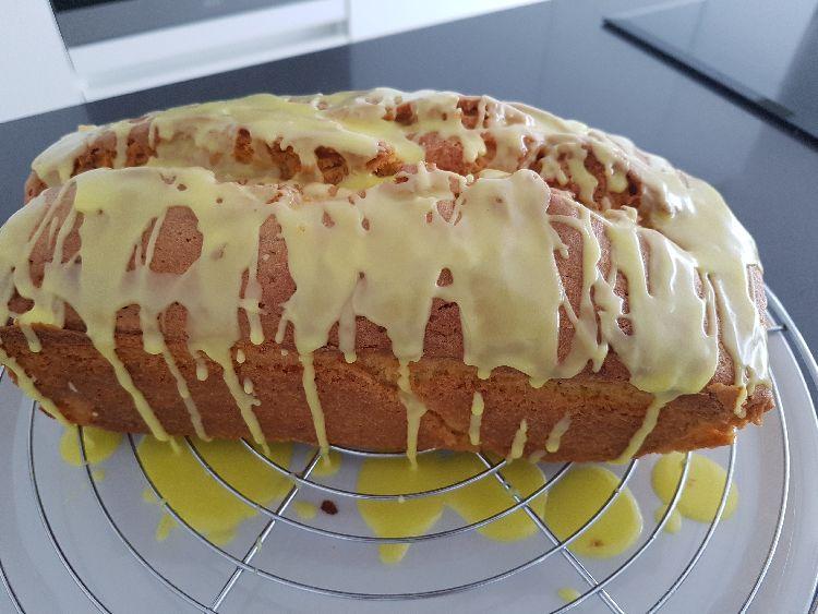 limoncello cake met glazuur II