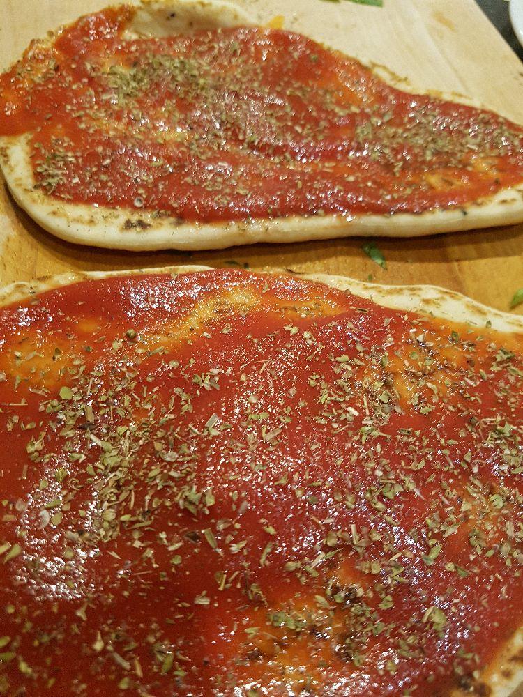 naanpizza met geitenkaas